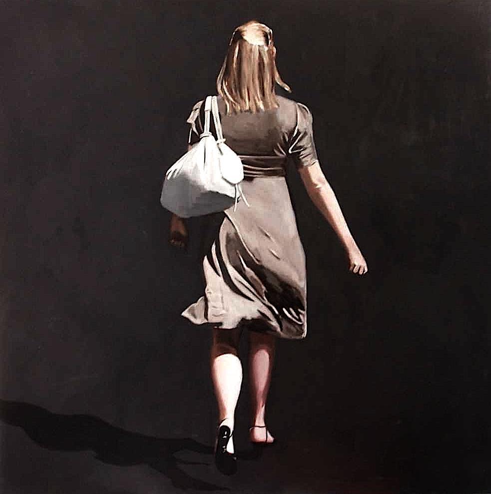 parisienne au sac blanc